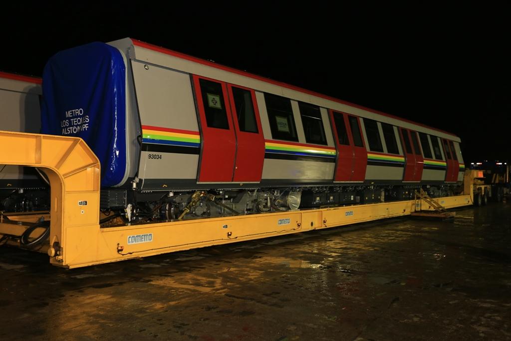 Desde hoy hasta el miércoles trasladarán vagones de Metro desde La Guaira