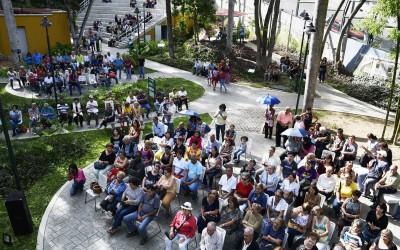 A casa llena celebraron día del bolero en Villa Teola