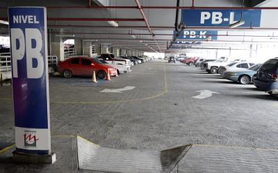 Un estacionamiento amplio, seguro y económico ofrece Metro Los Teques