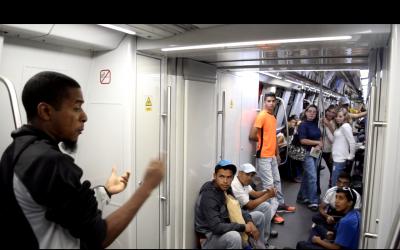 Teatro Vagón propicia buenos modales en usuarios de Metro Los Teques