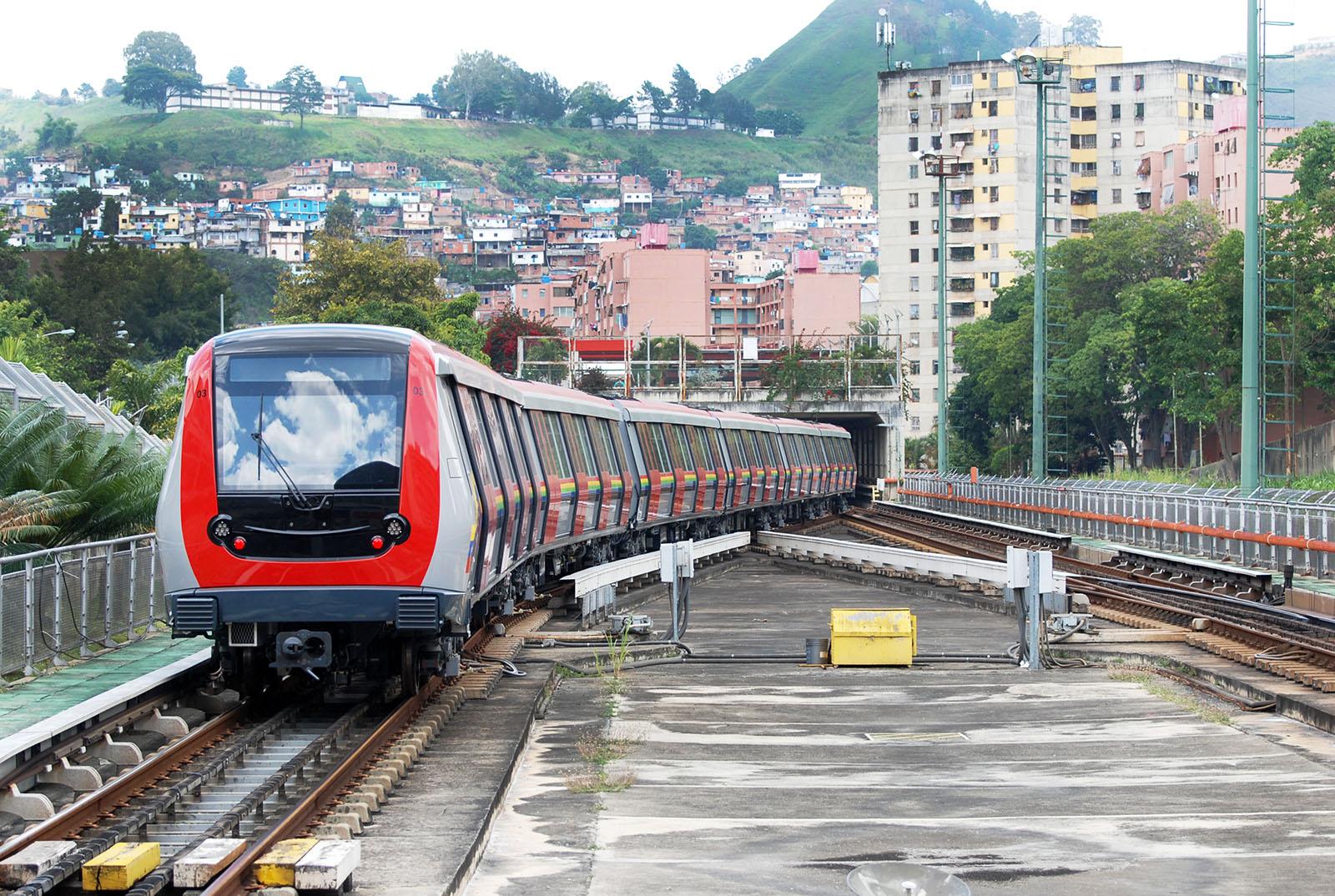 Trenes Metrópolis son los predilectos de los mirandinos