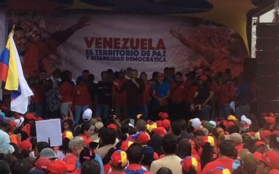 Molina: Pueblo y sector transporte continúan en la calle en apoyo a la Revolución