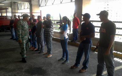 Cuerpo Combatiente de Metro Los Teques recibió práctica de armamento individual