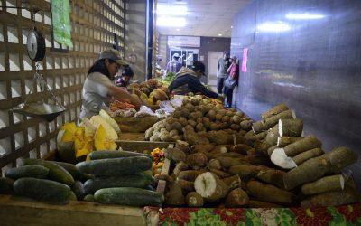 Clap-Obrero de Metro realiza venta de alimentos y juguetes en PB del Cecap
