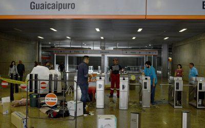 Sustitución de torniquetes llegó a estación Guaicaipuro