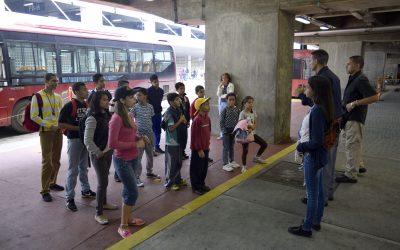 Chamitos de brigada Metro iniciaron recorridos en Alí Primera