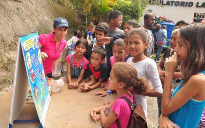 Vecinos de Vuelta Azul recibieron un cariñito