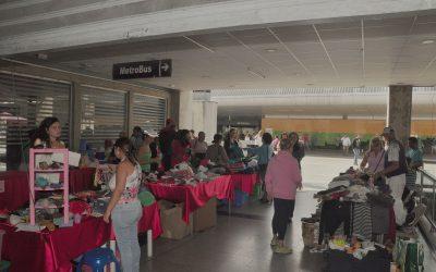 """Usuarios compraron en el """"Metromercado de los corotos"""""""