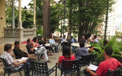 Cultores debaten Identidad Cultural de la Constituyente