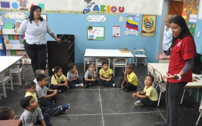 Metro Los Teques va a la escuela para enseñar normas a los más pequeños
