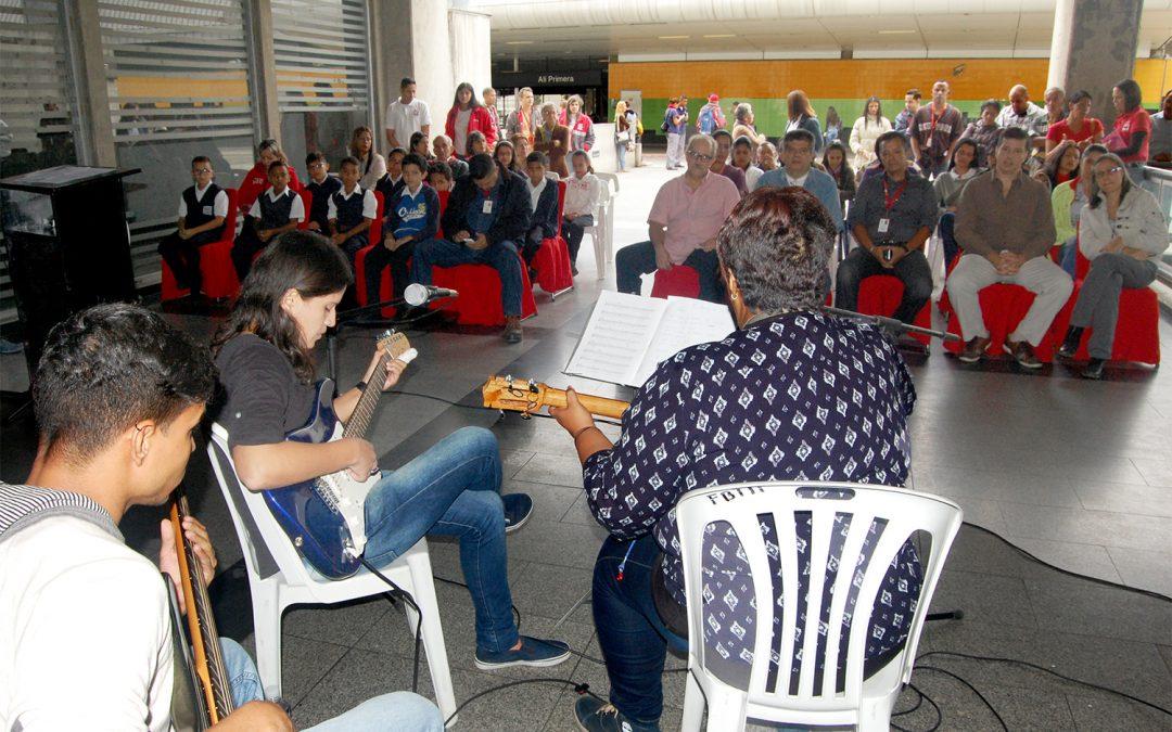 En Metro Los Teques rindieron homenaje al cantor del pueblo Alí Primera