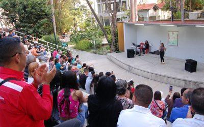 Estudiantes de canto popular demostraron su talento en Villa Teola