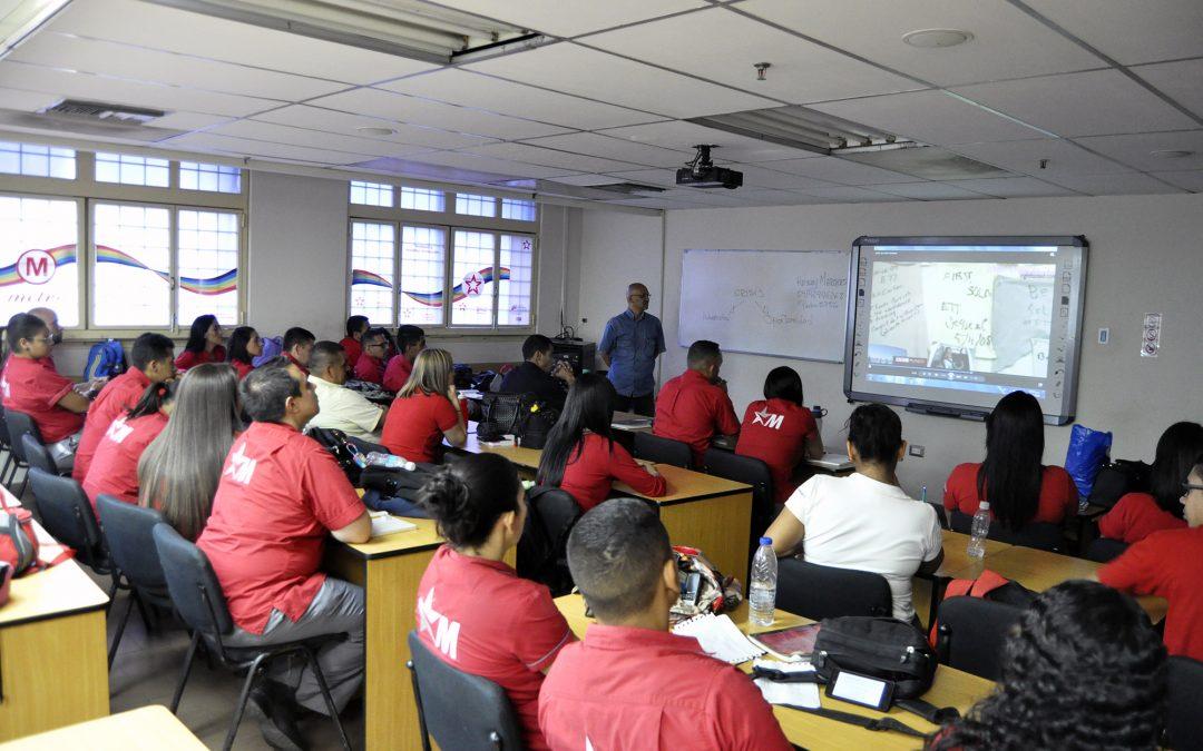 Entrenantes a operadores de Metro Los Teques recibieron taller de resiliencia