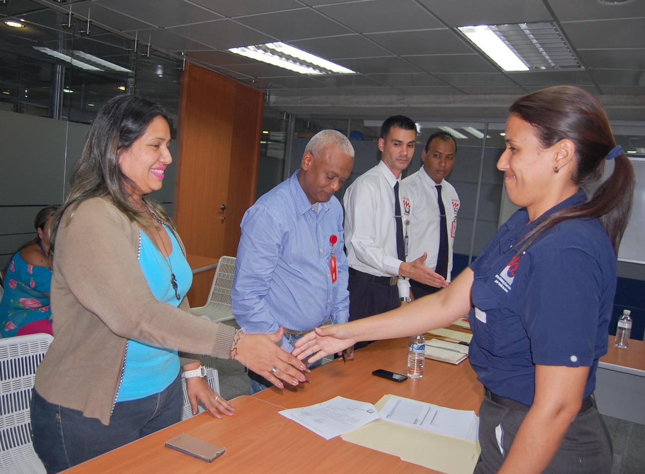 Ascienden a 14 trabajadores de Metro Los Teques a Supervisores de Seguridad Patrimonial