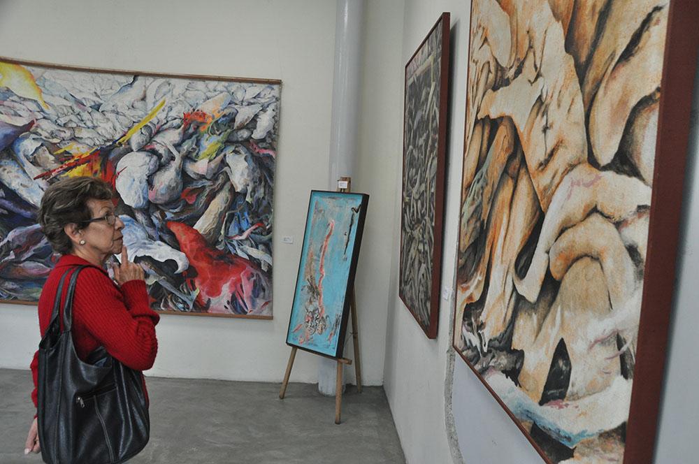 Exhiben obras de Benito Chapellín en Villa Teola
