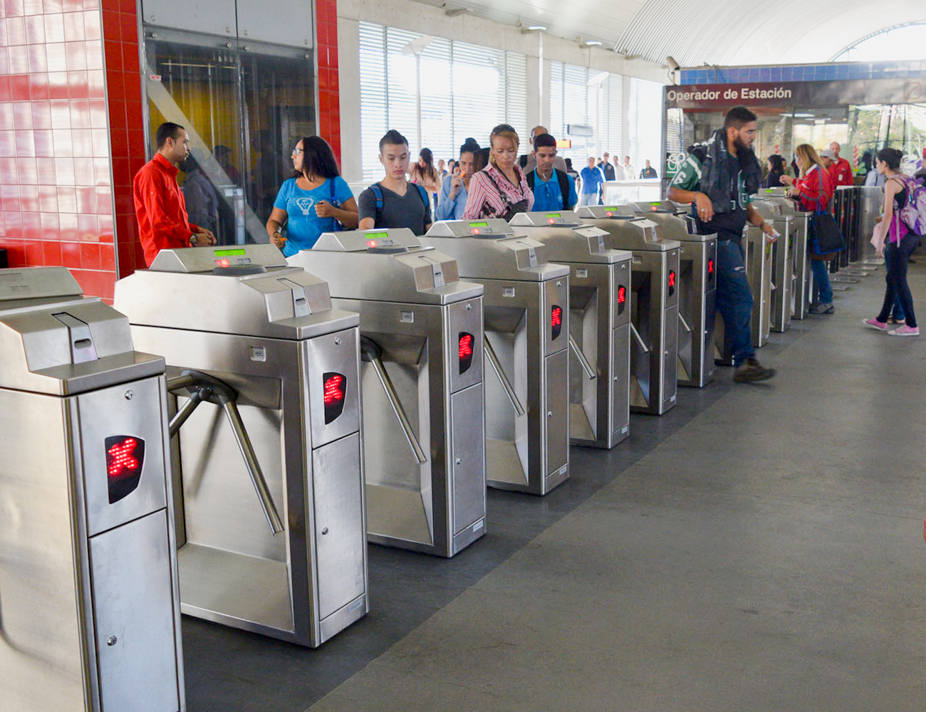 Metro Los Teques se adecua para cobro de pasaje