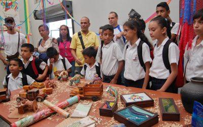 Niños de Los Teques conocieron de su historia en Villa Teola