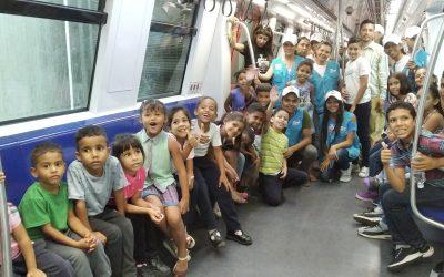 Hijos de trabajadores de TransMiranda visitaron por primera vez el Metro Los Teques