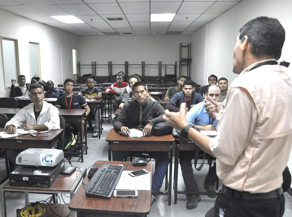 Casi 600 trabajadores participaron en talleres de capacitación en Metro Los Teques