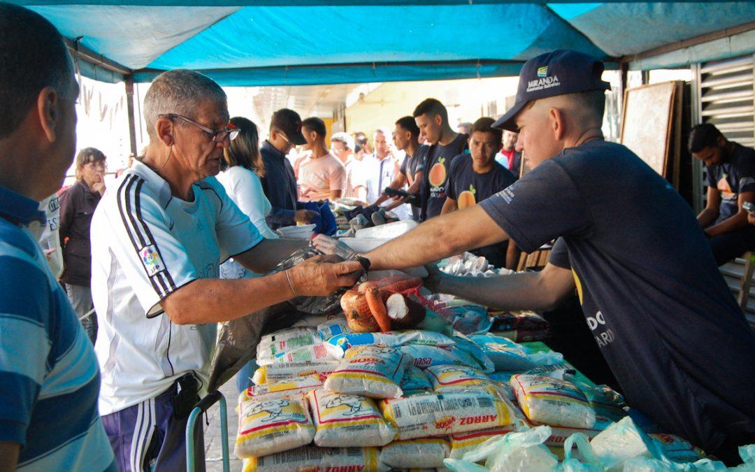 Más de tres toneladas de alimentos expendidos en mercado a cielo abierto en Metro Los Teques