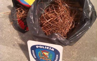 Capturaron en flagrancia a dos roba cables en Metro Los Teques