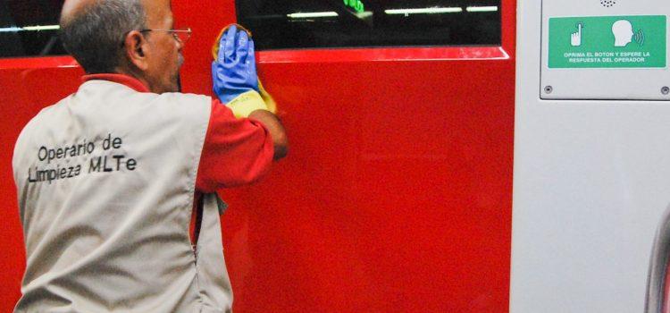 Metro Los Teques aplica limpieza profunda a trenes Metrópolis