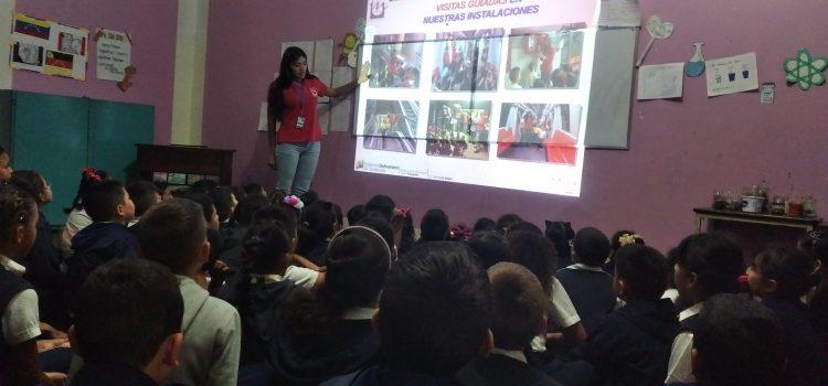 """Más de 130 niños de la E.U. Los Arbacos disfrutaron del programa educativo """"Metro va a la Escuela"""""""